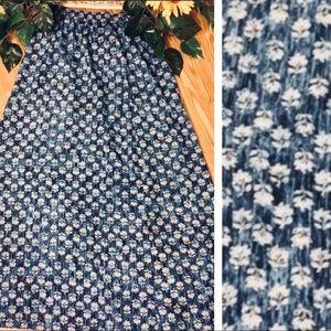 Michael Kors Maxi Blue & White Floral Skirt. 4